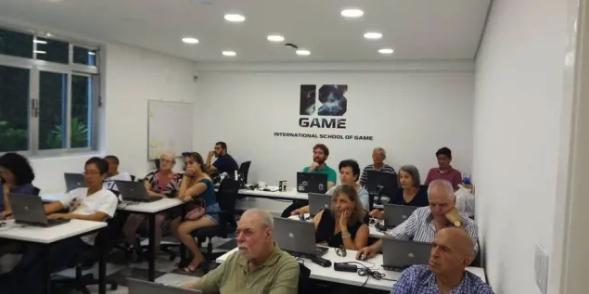Estadão – Pessoas com mais de 60 anos aprendem a jogar e programar games